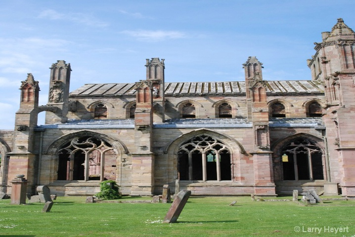 Scotland- Melrose Castle - ID: 6380077 © Larry Heyert