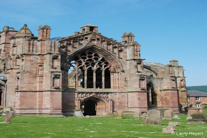 Scotland- Melrose Castle - ID: 6380083 © Larry Heyert