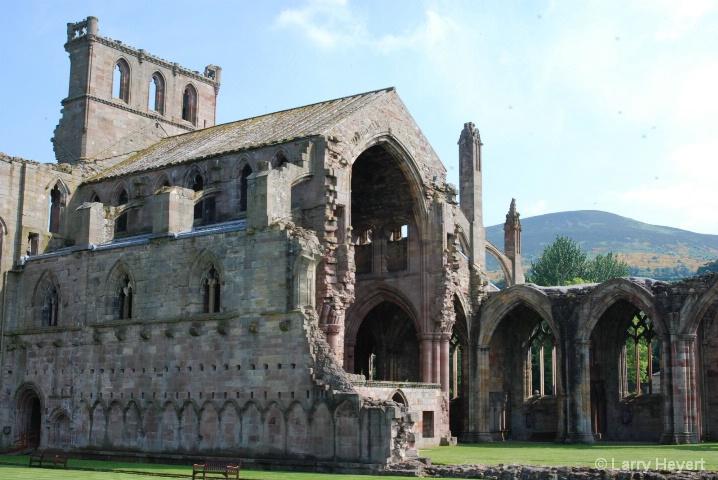 Scotland- Melrose Castle - ID: 6380088 © Larry Heyert