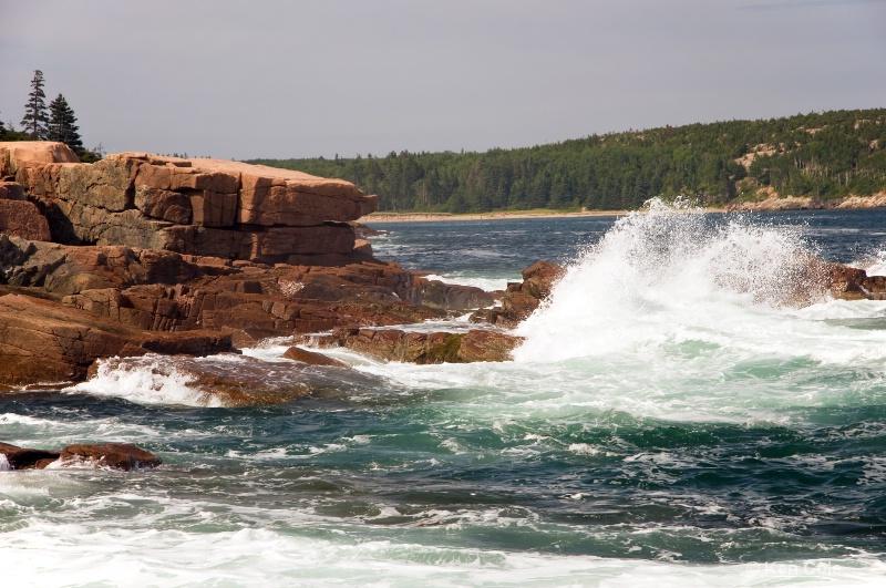 Waves on Rocks - ID: 6810155 © Ken Cole