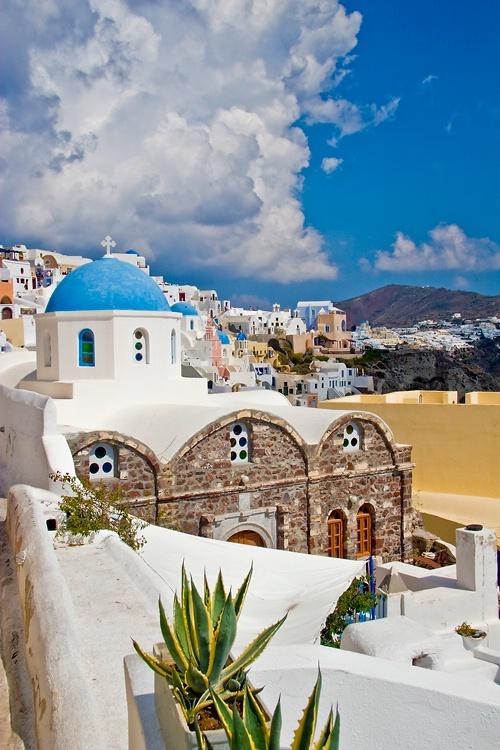 Santorini - ID: 6910845 © Steve Abbett