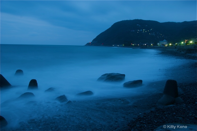 Cold Morning on the Izu Penninsula - ID: 7931552 © Kitty R. Kono