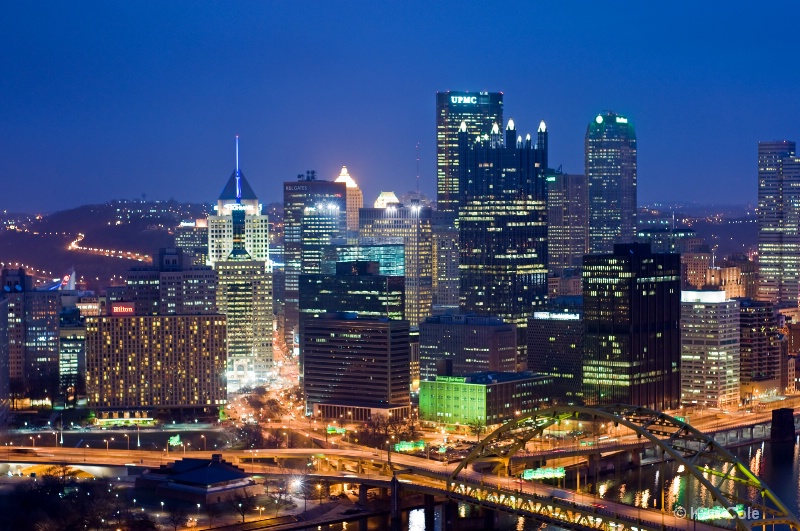 Pittsburgh at night - ID: 8036793 © Ken Cole