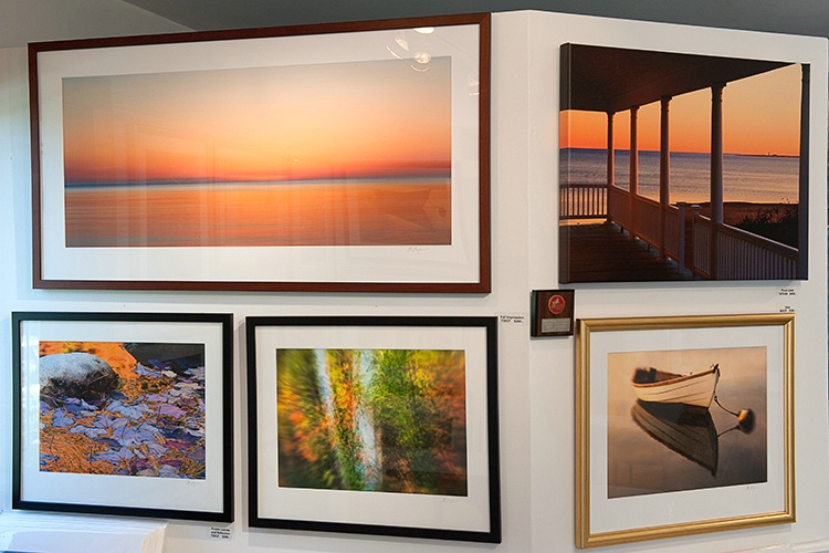 Gallery Interior - ID: 8418425 © Jeff Lovinger