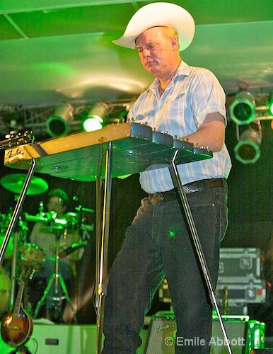 Eddie Rivers, Steel Guitar - ID: 8466453 © Emile Abbott
