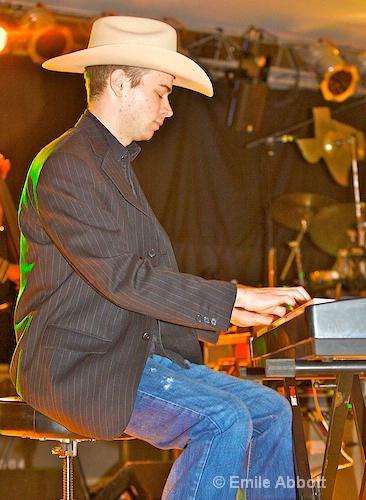 "John Michael Whitby ""Tater"",  Piano - ID: 8466457 © Emile Abbott"