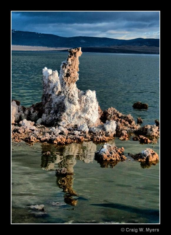 Calcium Carbonate Deposits - ID: 8524204 © Craig W. Myers