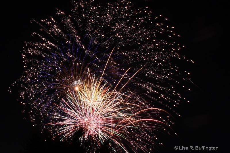 Mebane Fireworks - ID: 8605654 © Lisa R. Buffington