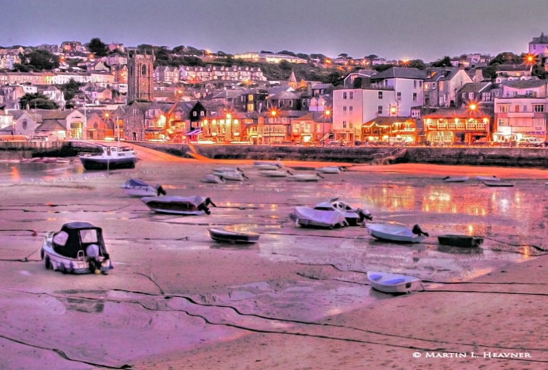 Waiting for the Tide - St. Ives - ID: 8649193 © Martin L. Heavner