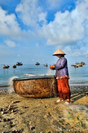 Preparing the nets, Vietnam