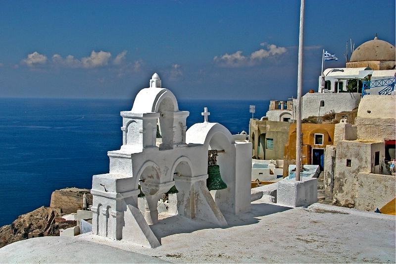 Scenic Santorini - ID: 9150880 © Steve Abbett