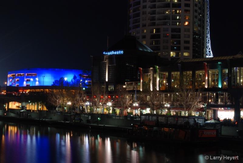 Melbourne at Night - ID: 9555404 © Larry Heyert