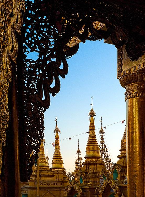 Shwedagon Pagoda, Rangoon (Yangon), Myanmar (Burma - ID: 9716743 © Jeff Lovinger