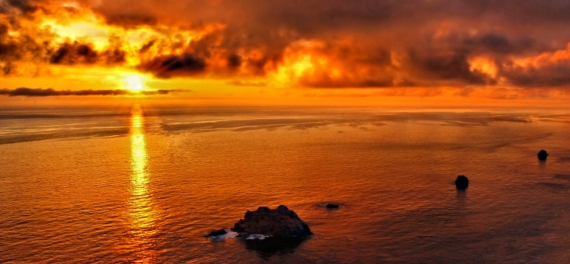 Sunset on Big Sur - ID: 9763419 © Clyde P. Smith
