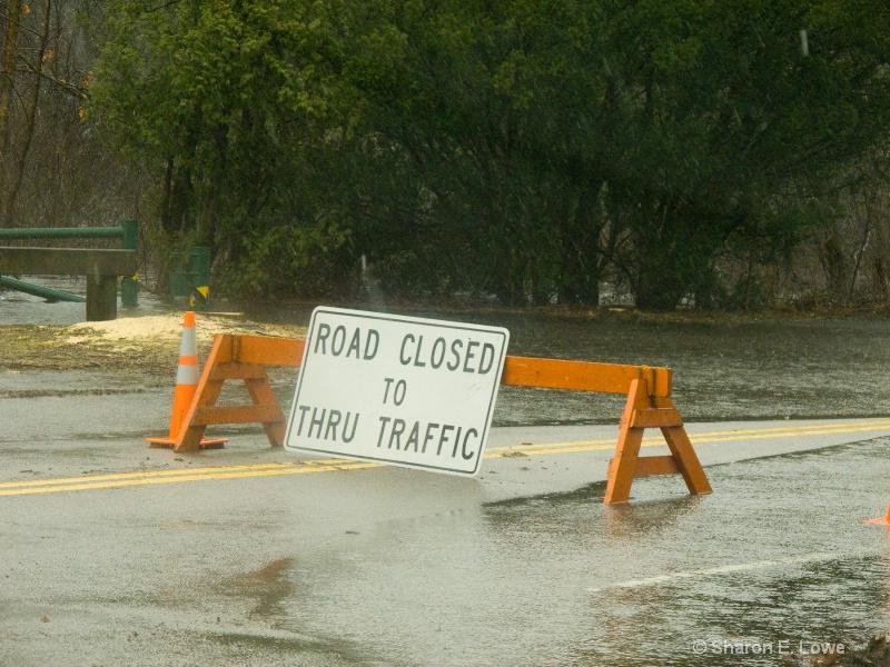 Road Closed, around 11 am - ID: 9884844 © Sharon E. Lowe