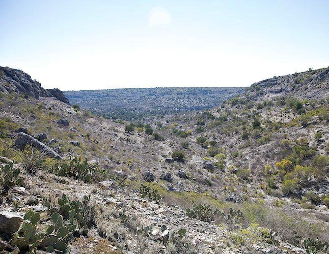 Dead Man Canyon - ID: 9931956 © Emile Abbott