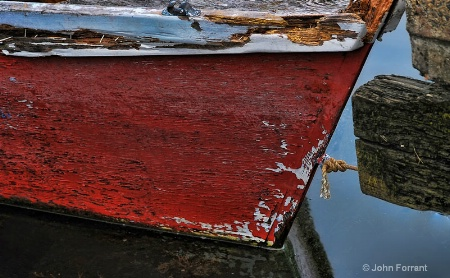 old-red-boat