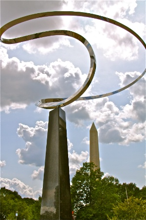 Monument X 2