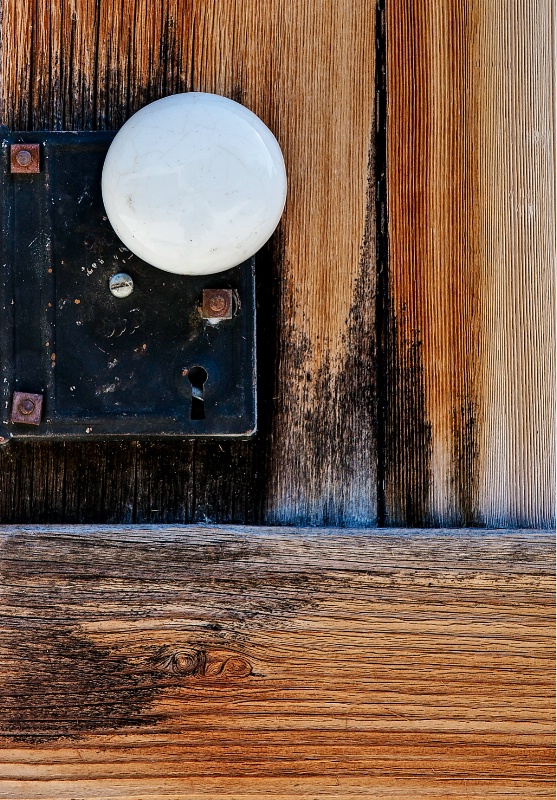 Ceramic, Wood and Steel - ID: 11132721 © Steve Abbett