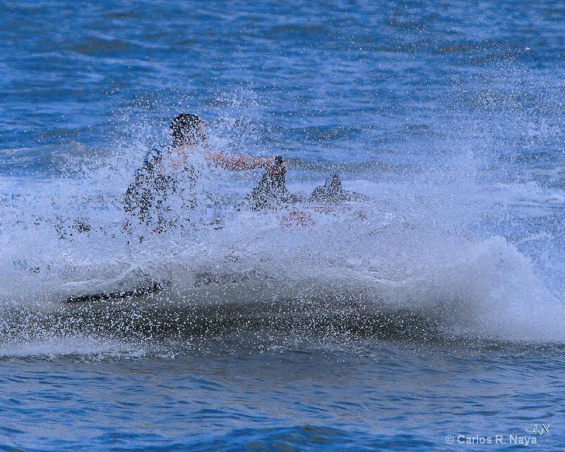 Full Speed - ID: 11259779 © Carlos R. Naya