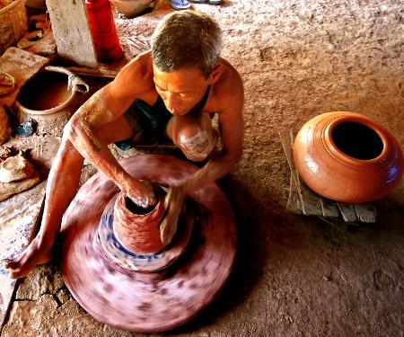 Traditional Earthenware