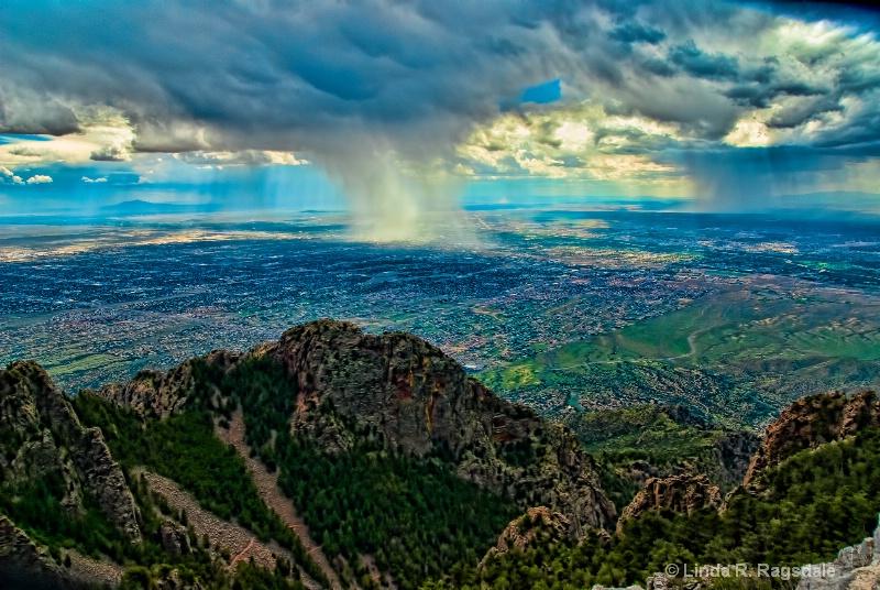 Coming storm Sandia Peak, NM - ID: 11404348 © Linda R. Ragsdale