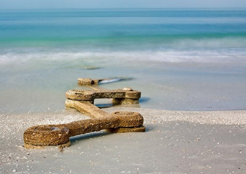Beach Paradox - ID: 11475360 © Steve Abbett