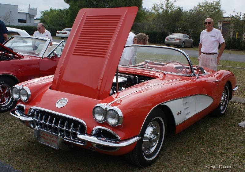 1958 Chevy Corvette Convertible - ID: 11517894 © William E. Dixon