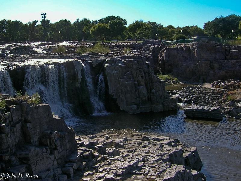 Sioux Falls - ID: 11689798 © John D. Roach