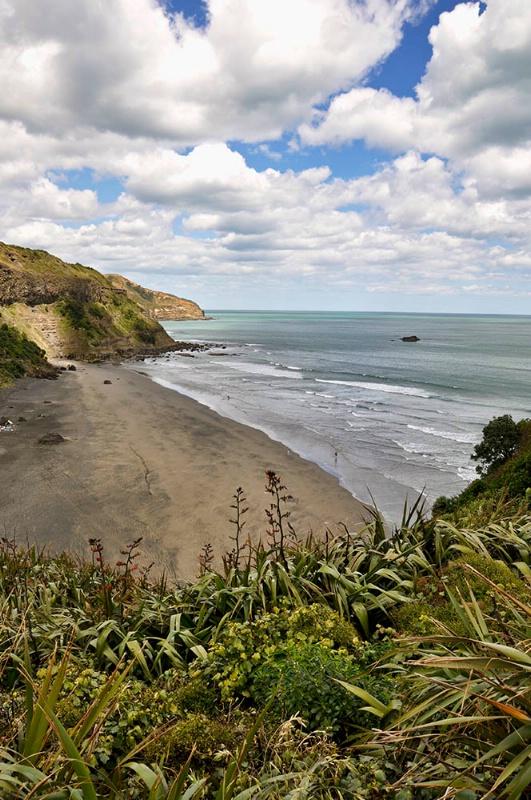 Muriwai Beach - ID: 11722056 © Paul Coco