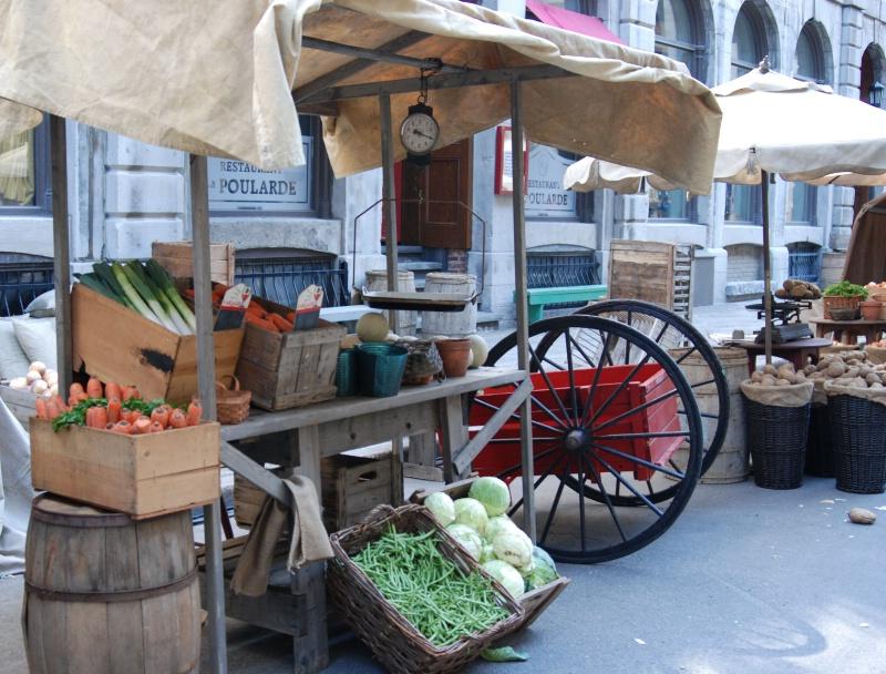 Montreal Farmer's Market - ID: 11729662 © Larry Heyert