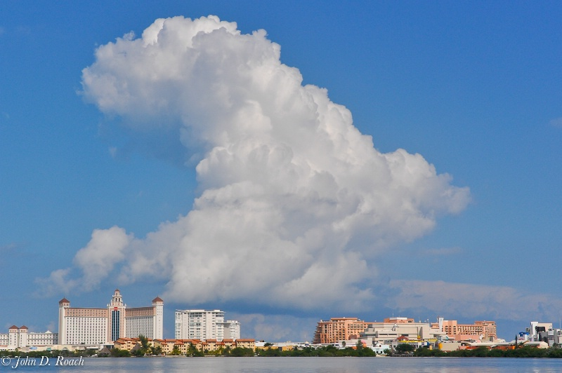 Forming of the Storm -- Cancun - ID: 11797382 © John D. Roach