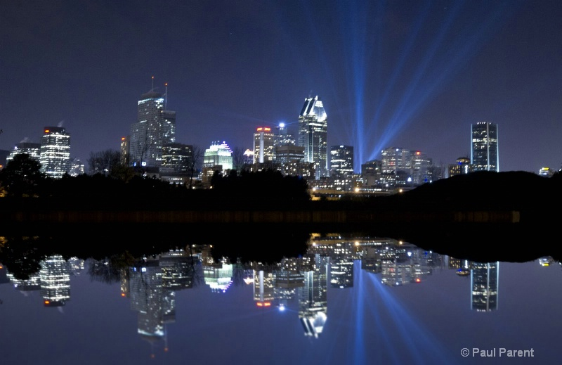 Montreal Light Show - ID: 12406287 © paul parent
