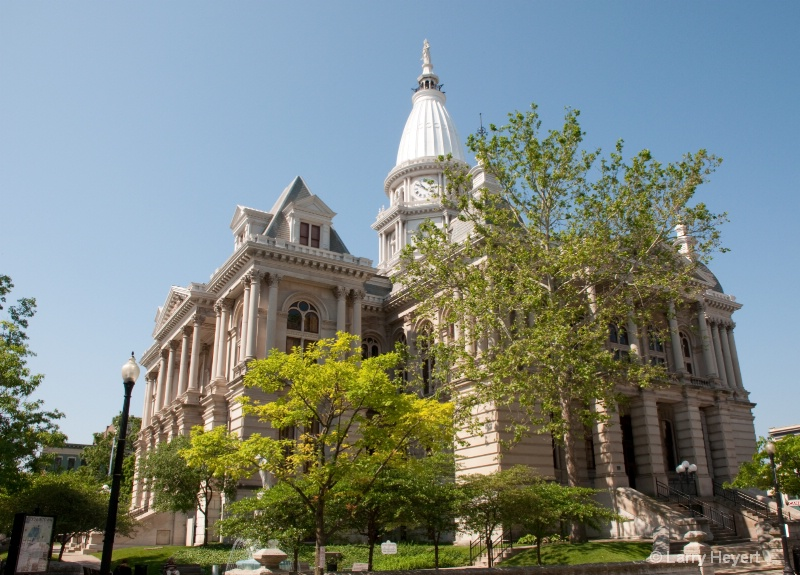 Courthouse in Lebanon, Indiana - ID: 12451374 © Larry Heyert