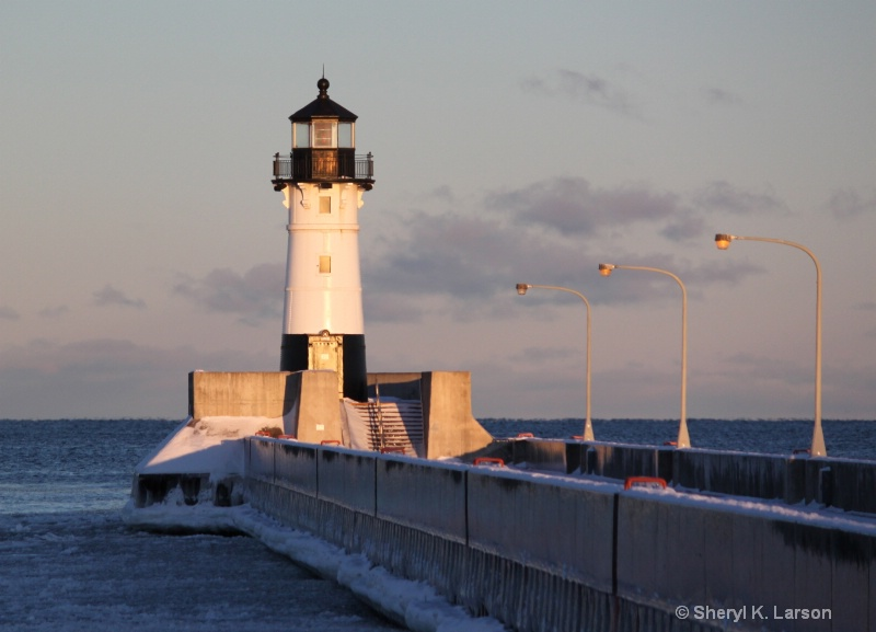 Lighthouse - Lake Superior - ID: 12684382 © Sheryl K. Larson