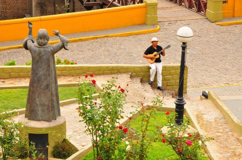 Lima, Peru-  the Barranco District - ID: 12727809 © Larry Heyert