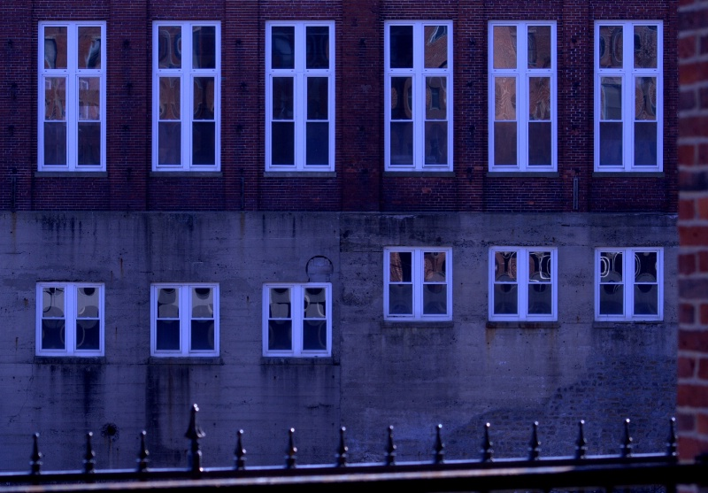 New windows - ID: 12816022 © Wendy A. Barrett