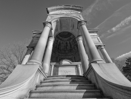 Foster Mausoleum at Woodlawn Cemetery