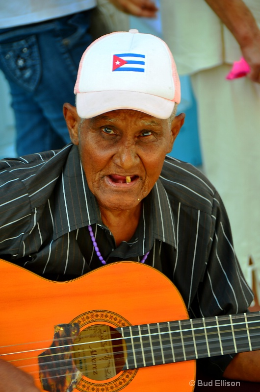 Music Man In Havana Viejo