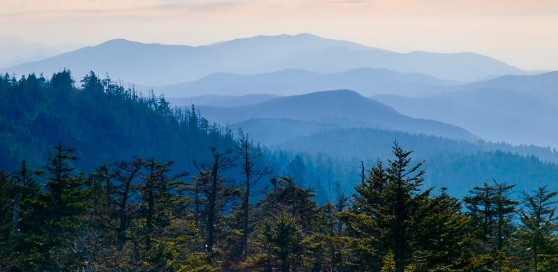 Mountain Layers - ID: 13062334 © Philip B. Ludwig