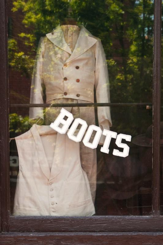 Harpers Ferry Shop Window - ID: 13098677 © Don Johnson