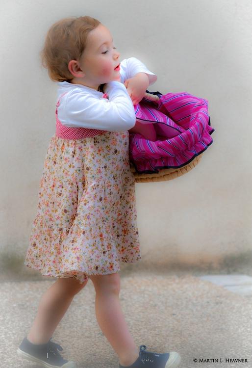 Petite Fille - Beaune, France - ID: 13111326 © Martin L. Heavner