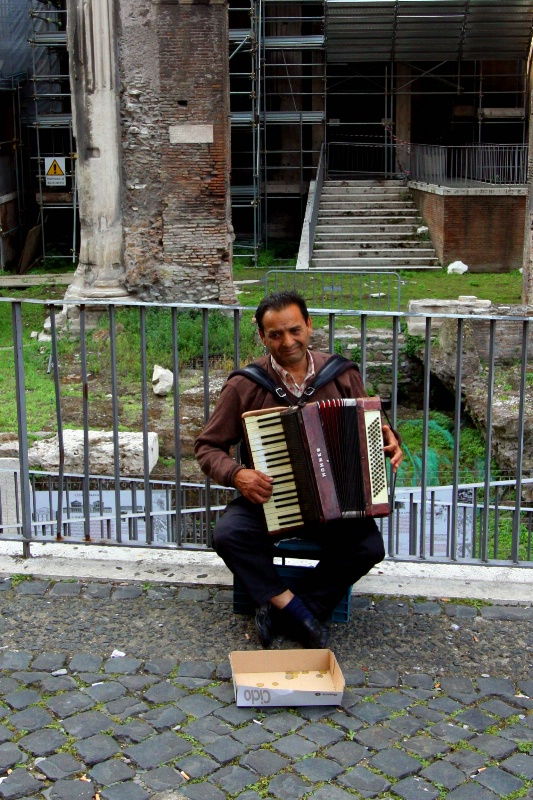 The Accordion Player of the Jewish Ghetto