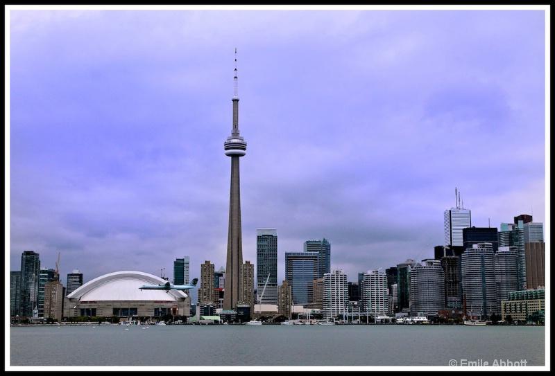 Toronto Skyline - ID: 13237836 © Emile Abbott