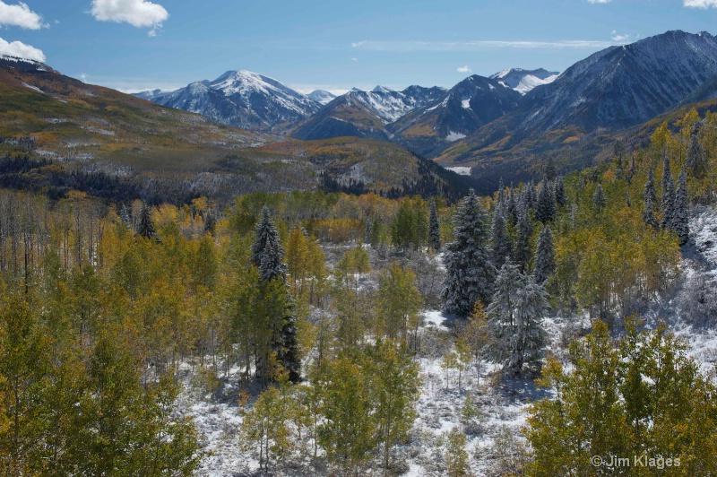 Fall snow - Summit of McClure Pass - ID: 13444630 © Jim Klages