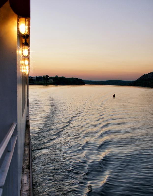 Paddle Wheel View - ID: 13482333 © JudyAnn Rector