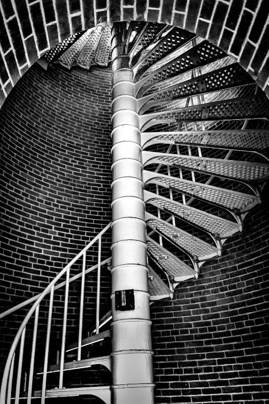 Which Way? - ID: 13502389 © Karen Celella
