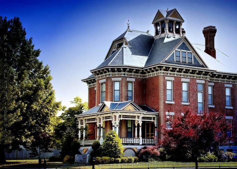 Stately Mansion - ID: 13567606 © JudyAnn Rector