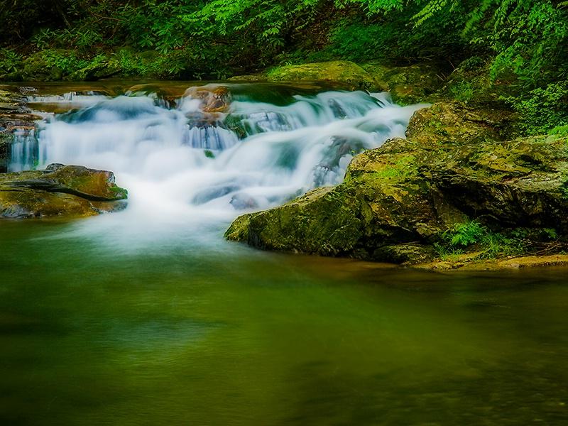 Cascades on Laurel Creek - ID: 13632476 © Philip B. Ludwig