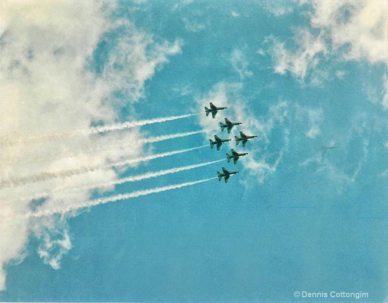 thunderbirds 02 - ID: 13677576 © Dennis K. Cottongim